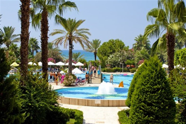 Hotel Terrace Beach Resort \ Informatie