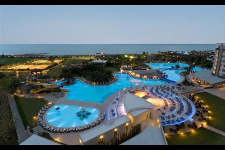 Hotel Delphin Be Grand Resort \ Informatie