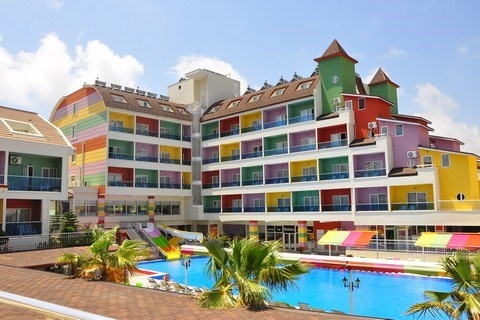 Hotel The Colours Side 5