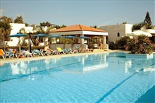 Kyknos Beach Hotel & Bungalows