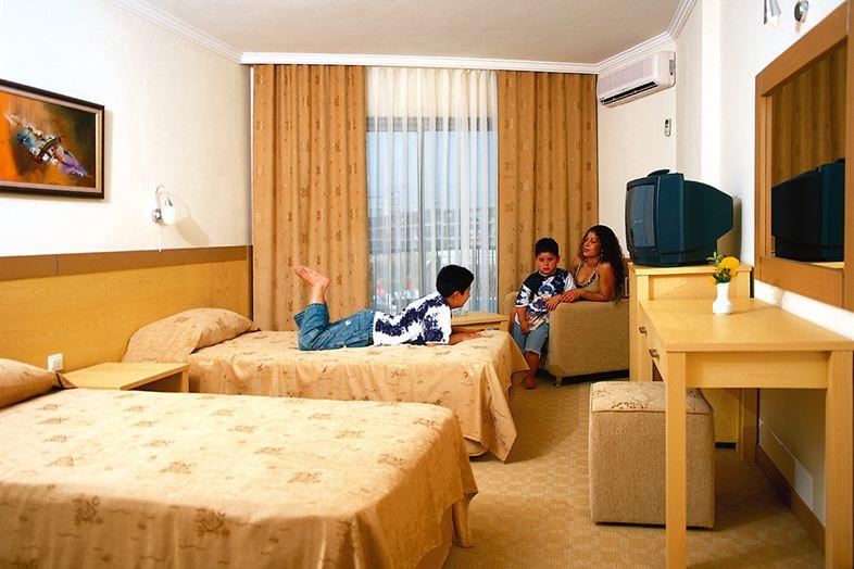 Hotel Victory Resort