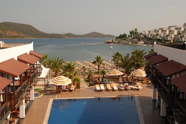 Hotel Costa Bitezhan