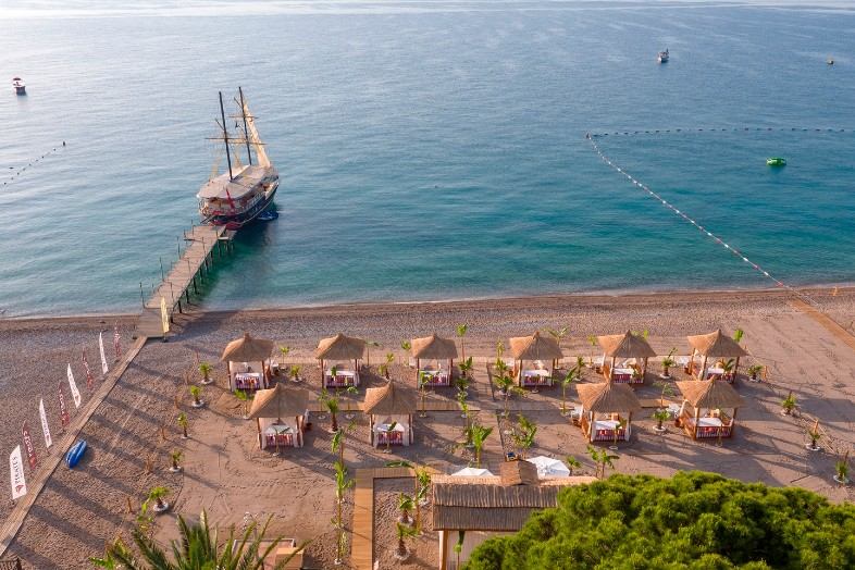 Hotel Pirates Beach Club