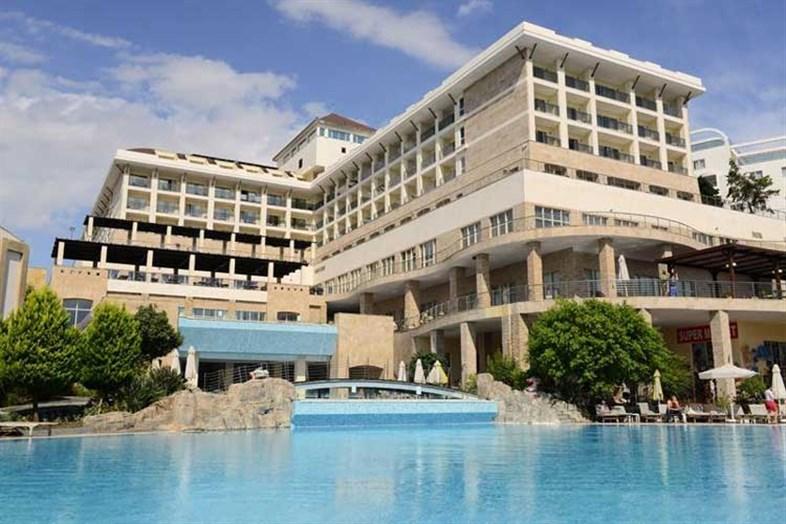 Horus Paradise Luxury Resort