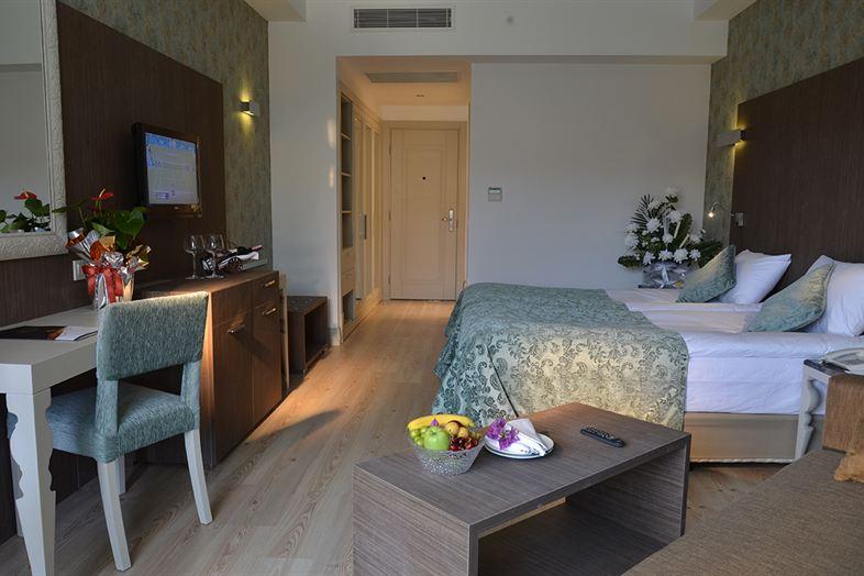 Hotel Port Side Resort