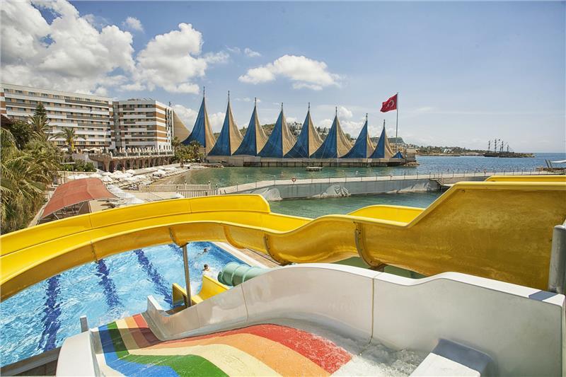 Hotel Adin Beach