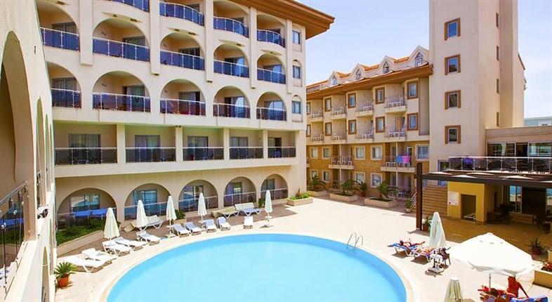 Hotel Diamond Beach Resort