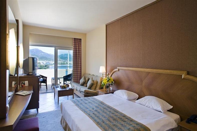 Hotel Grand Yazici Mares