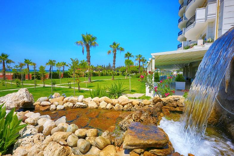 Hotel Heaven Beach