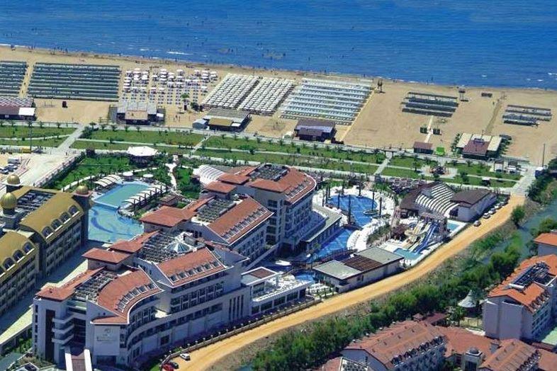Hotel Sunis Evren Beach Resort